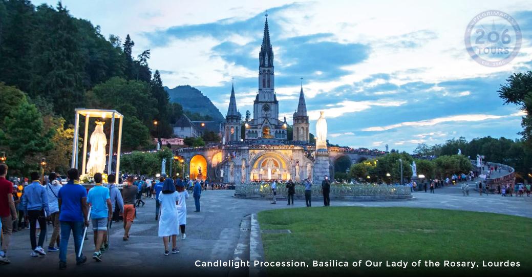 Acompane Al Padre Marco Basulto En Una Peregrinacion A Fatima Espana Lourdes 206 Tours Peregrinaciones Cat Licas