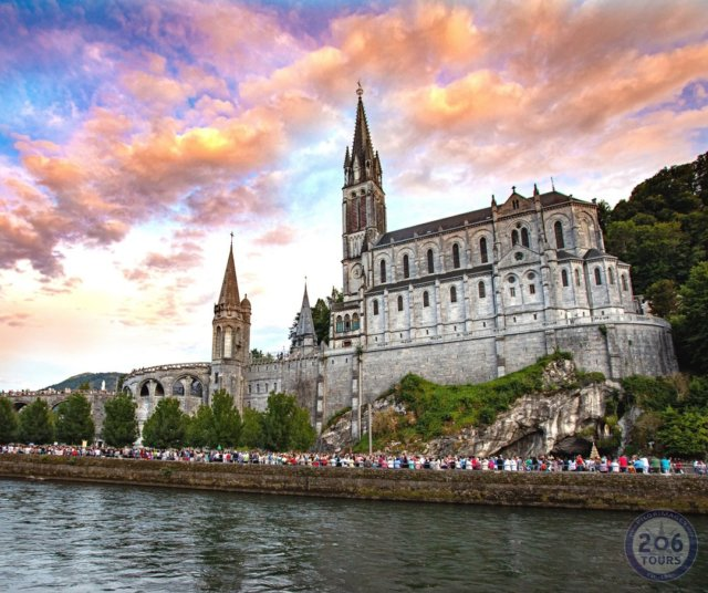 Daydreaming of Lourdes...  #lourdes #france #ourladyoflourdes